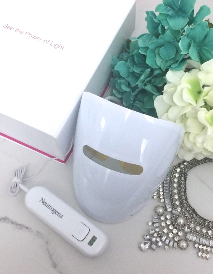 Neutrogena Light Therapy Mask ||Review